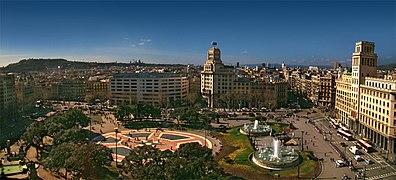 https://upload.wikimedia.org/wikipedia/commons/thumb/5/5d/Catalunya_Barcelona1_tango7174.jpg/396px-Catalunya_Barcelona1_tango7174.jpg