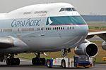 Cathay Pacific Airways Boeing 747-467 B-HUJ (30238787373).jpg