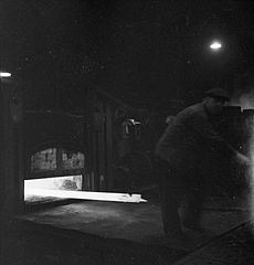 Cecil Beaton Photographs- Tyneside Shipyards, 1943 DB188.jpg