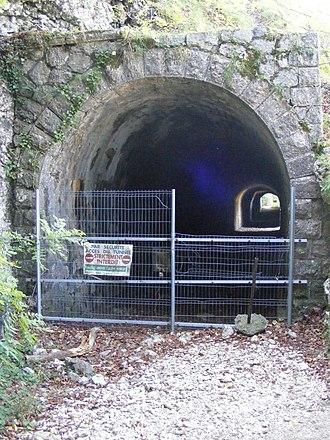 Chemin de fer du Salève - Image: Chemin de fer du Saleve tunnel