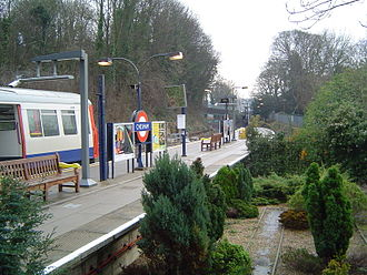 Chesham tube station - View of the single platform and floral display