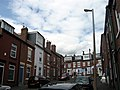Chiswick Terrace from the southern end, Leeds (2009) - panoramio.jpg