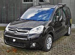 Citroën Berlingo II Multispace front.JPG
