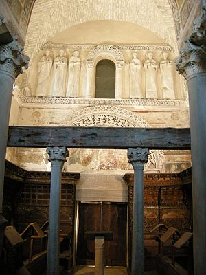 Longobards in Italy, Places of Power (568–774 A.D.) - Image: Cividale, tempietto longobardo 01