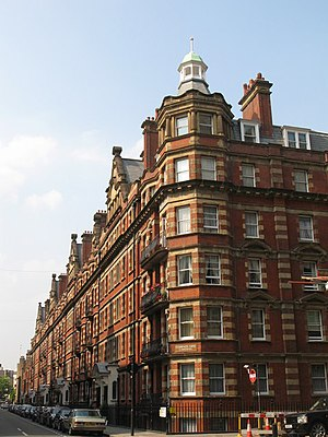 Clarence Gate Gardens (Marylebone) - Clarence Gate Gardens, from the South