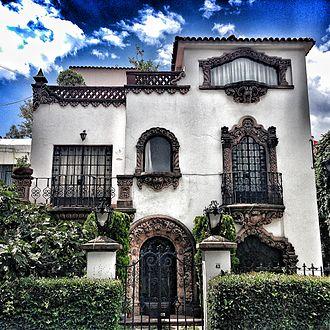 Colonia Nápoles - Image: Colonial California house in colonia Nápoles, Mexico City