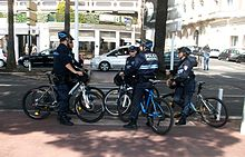 Policier wikip dia for Cannes piscine municipale
