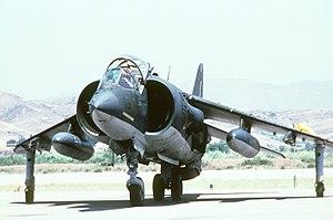 AV-8A ハリアー
