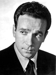 Dane Clark American film actor (1912–1998)