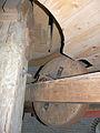 De Witte Molen (Meeuwen), luiwerk luitafel luiwiel.jpg