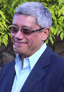 Dean Devlin - Wikipedia