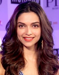Deepika Padukone at Piku event.jpg