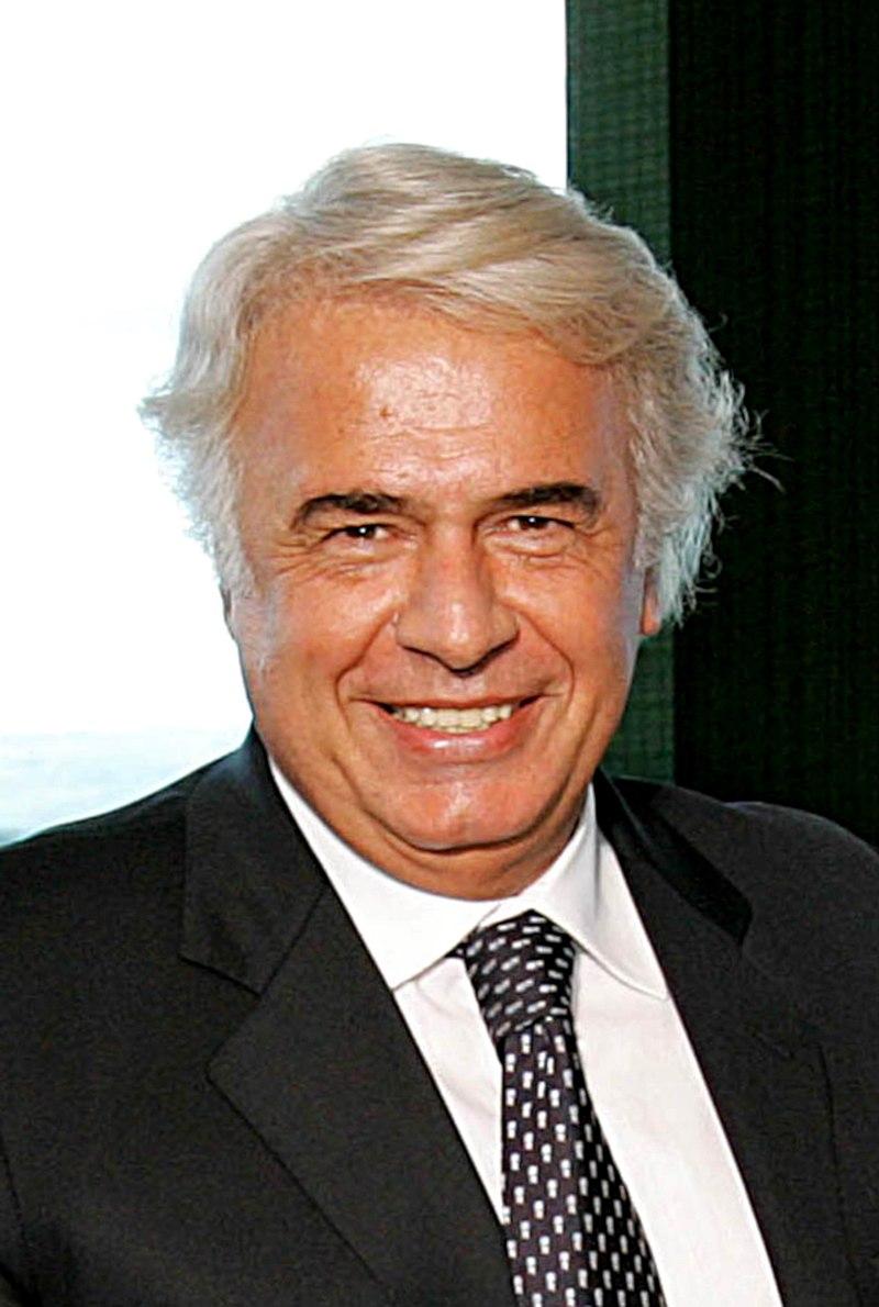 https://upload.wikimedia.org/wikipedia/commons/thumb/5/5d/Delasota12032007.jpg/800px-Delasota12032007.jpg