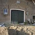 Detail achtergevel boerderij- dubbele deuren - Schoonebeek - 20378976 - RCE.jpg