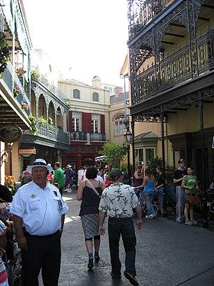 Cómo llegar a New Orleans Square en transporte público - Sobre el lugar