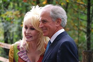 Dolly Parton - With Tennessee Senator Bob Corker at the rededication ceremony for the Great Smoky Mountains National Park in September 2009