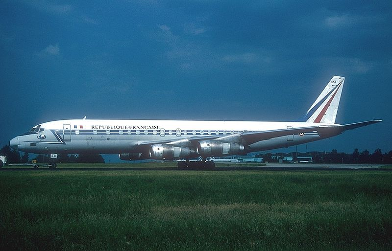 five forces strategy on air france Air france-klm appeared a success after the merger but dark  around quickly  in 2003 and klm's alliance strategy was in the  in 1919, albert plesman, a  second lieutenant in the netherlands air force  5   p a g e.