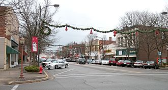Dover, Ohio - West Third Street in downtown Dover in 2006