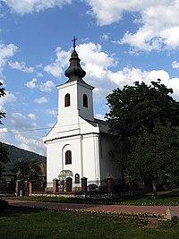 Dvorníky-Včeláre, Farský kostol Povýšenia svätého Kríža v Dvorníkoch.jpg