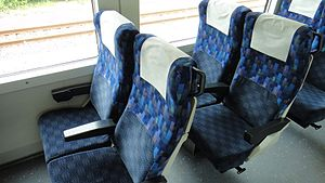 E257 series - E257-500 series standard-class seating in August 2011