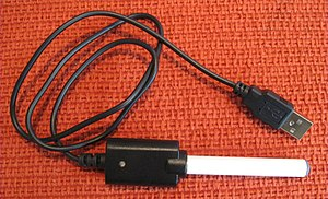 English: Electronic cigarette charger