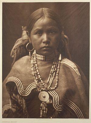 Deutsch: Mädchen der Jicarilla, Edward Curtis,...