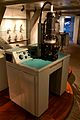 Electron microscope EM75, Museum Boerhaave Leiden 1.jpg