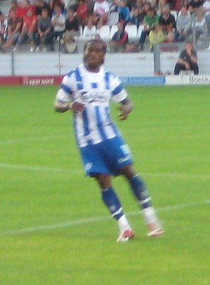 Eric Djemba-Djemba - Djemba-Djemba playing for OB in 2008