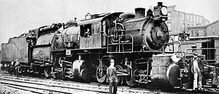 Camelback locomotive