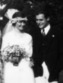 Ernest Hemingway 1921 wedding day-crop.png