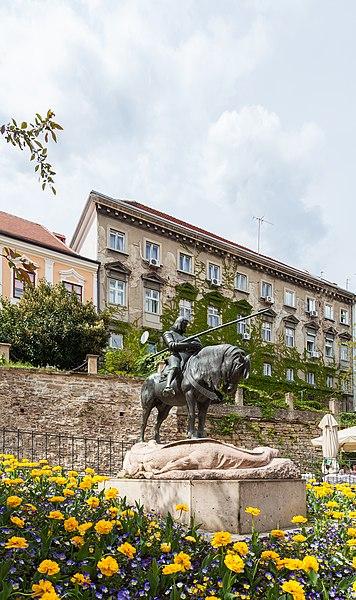 File:Estatua de San Jorge mató al Dragón, Zagreb, Croacia, 2014-04-13, DD 02.JPG
