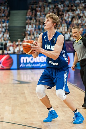 Lauri Markkanen - Markkanen with Finland in 2017
