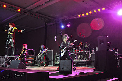 Picture of a band or musician: Exist†trace