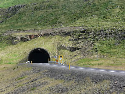 How to get to Fáskrúðsfjarðargöng with public transit - About the place