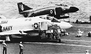 Cross-deck (naval terminology) - Image: F 4J F 4K CV 62 NAN6 75