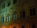 Façana del palau Rucellai de Florència.JPG