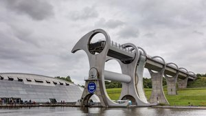 File:Falkirk Wheel Timelapse, Scotland - Diliff.webm