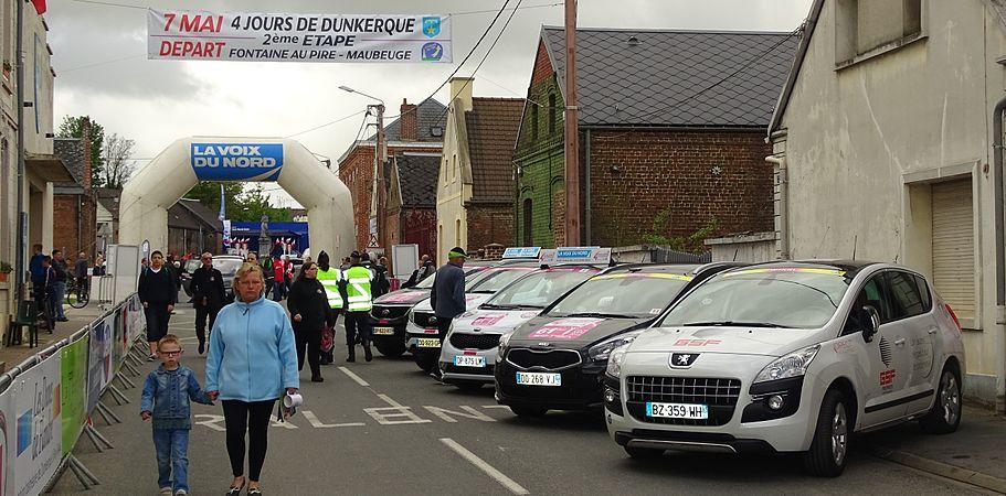 Fontaine-au-Pire - Quatre jours de Dunkerque, étape 2, 7 mai 2015, départ (A01).JPG