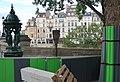 Fontaine Wallace, panneau Histoire de Paris, pont Neuf, Paris 6e.jpg