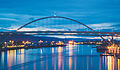 Fremont Bridge Sunset, Portland (19386167285).jpg