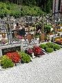 Friedhof Pfons 01.jpg