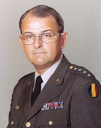 Commanding General, United States Army Training and Doctrine Command - Image: GEN Starry Donn Albert TRADOC