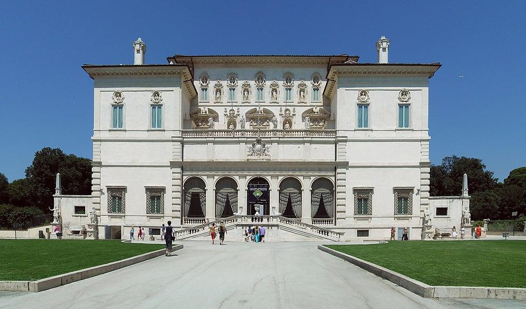 Façade de la Villa Borghese à Rome - Photo d'Alessio Damato
