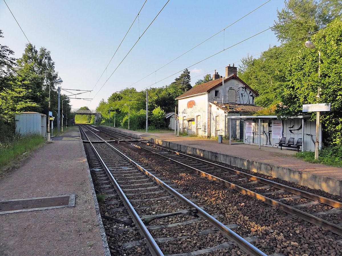 Gare de lavilletertre wikip dia for Garage de la gare bretigny