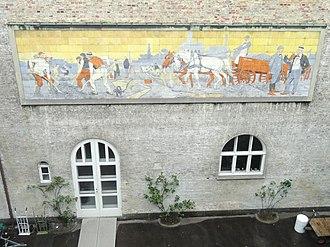 Karl Hansen Reistrup - Hansen Reistrup's tiled frieze at Ny Carlsberg Glypotek (1906)