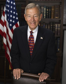 George Voinovich, official photo portrait, 2009.jpg
