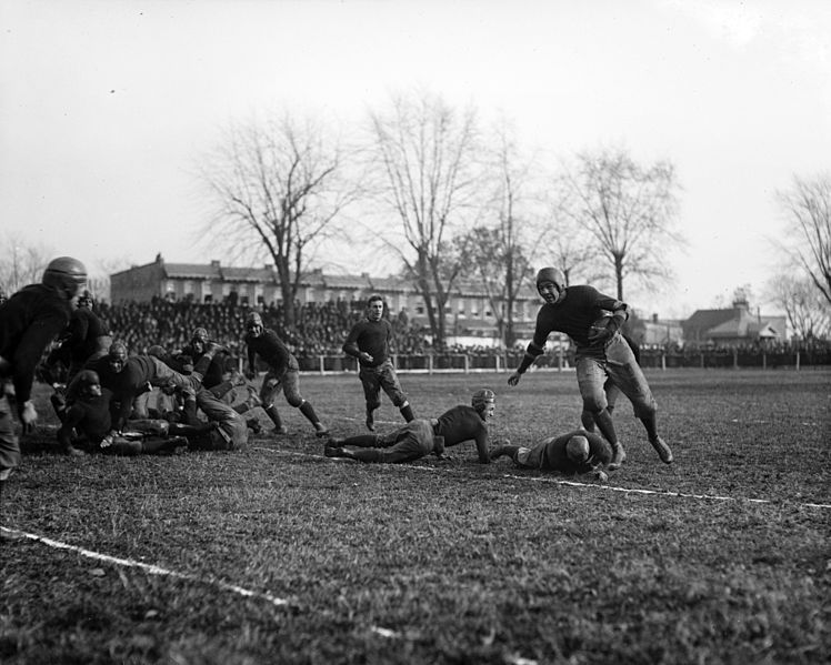 File:Georgetown Hoyas vs. Washington & Lee football game November 1919.jpg