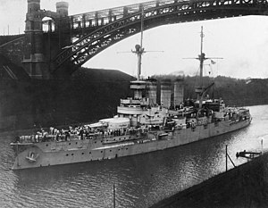 German battleship SMS Lothringen underway in the Kiel Canal (NH 46821).jpg