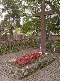 Geza Gardonyi Grave 02.jpg