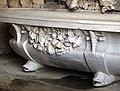 Giardino di castello, grotta degli animali o del diluvio, vasca di dx 06 vasca con crostacei attr. ad antonio lorenzi, 1546-50 circa 1.jpg